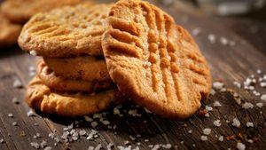 Cukup dengan 4 Langkah Ini, Kue Kacang Mete yang Renyah Siap Dinikmati