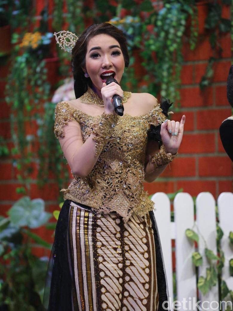 Sibuk dengan Keluarga, Gisel Tak Mau Buru-buru Rilis Album