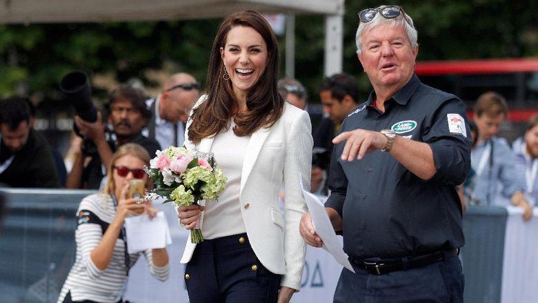 Kate Middleton baru-baru ini menghadiri acara di London, Inggris yang diramaikan anak-anak setempat. (Frank Augstein - WPA Pool /Getty Images)