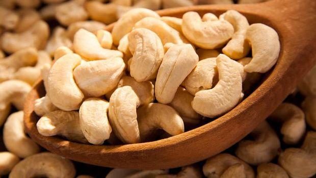 Kacang-kacangan mengandung fitat yang bisa memperburuk anemia.