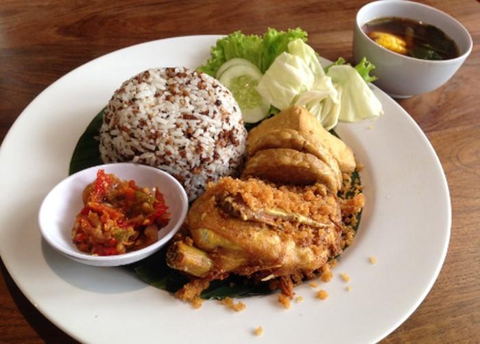 Makanan Khas Sunda Jawa Barat Yang Enak Ada Di Sini