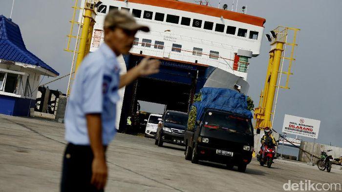 Pelabuhan Merak/Foto: Dikhy Sasra