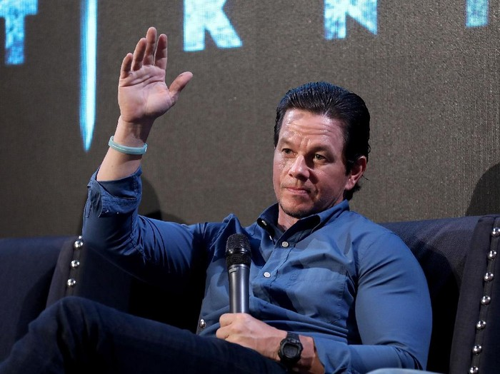 LONDON, ENGLAND - JUNE 16:  Actor Mark Wahlberg attends a fan event for Transformers: The Last Knight at St Barts the Great on June 16, 2017 in London, England.  (Photo by Tim P. Whitby/Getty Images for Paramount Pictures)