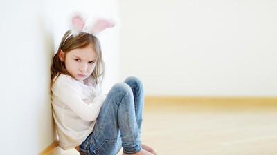Tips Agar Anak Gampang Dekat dengan si Mbak ART yang Baru
