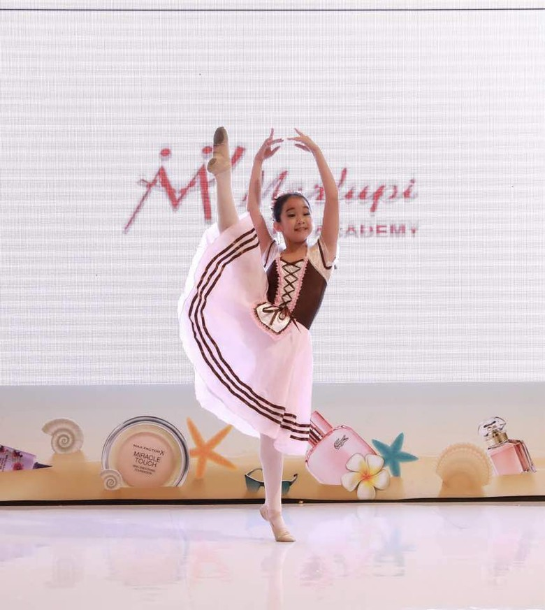 Marlupi Dance Academy Kirim Empat Balerina Tanding ke Amerika