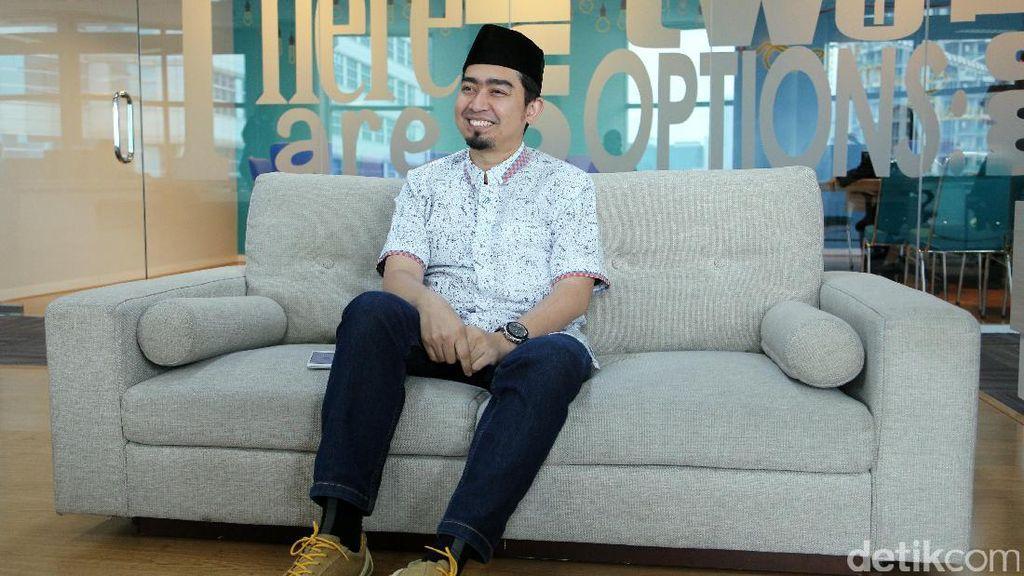 Dengar Kabar Ustad Arifin Ilham Meninggal, Solmed Buru-buru Jenguk