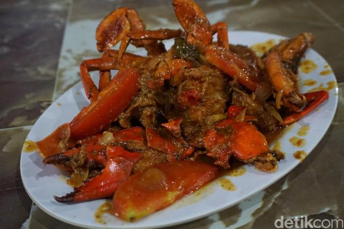 Seafood 45 Huah Disengat Pedasnya Kepiting Saus Padang