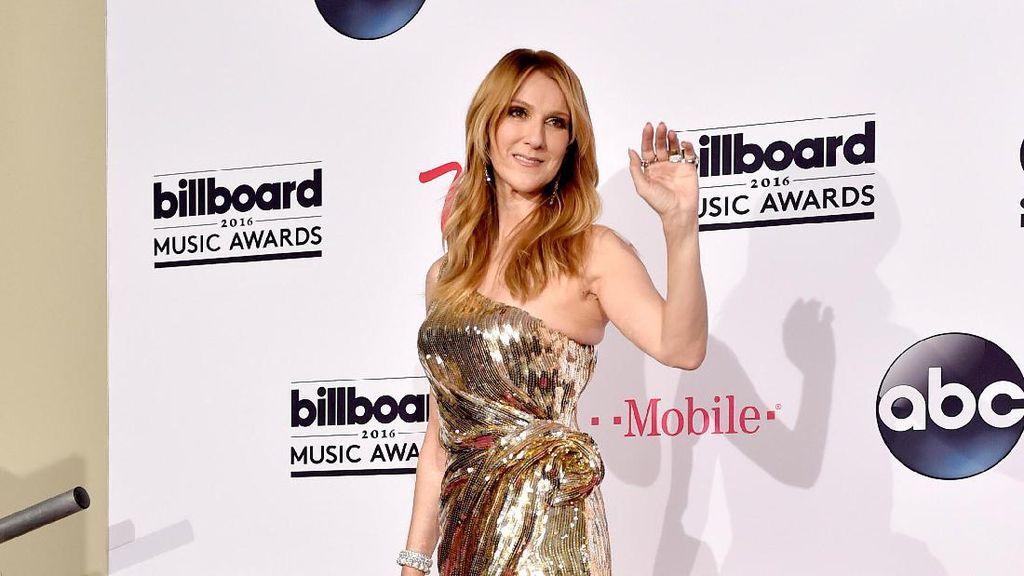 Foto: Pesona Celine Dion dalam Balutan Gaun Malam