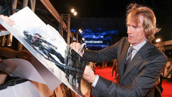 Sekilas Mengenai Michael Bay, Sutradara Transformers yang Mendunia