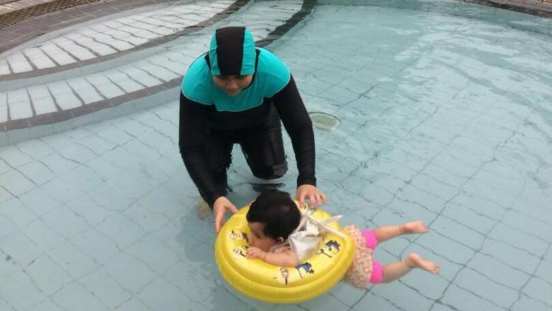 Di Usia Berapa Bayi Sudah Bisa Diajak Berenang?/Foto: dok.HaiBunda