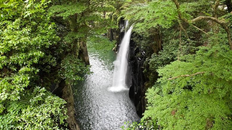 Air Terjun Marai yang dipercaya pemberian dewa (Thinstock)