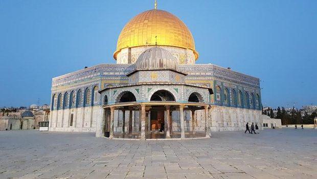 Kubah Shakhrah berbentuk segi delapan, kompleks Al Aqsa hingga kini menjadi rebutan 3 agama di dunia, Yahudi, Nasrani, dan Islam