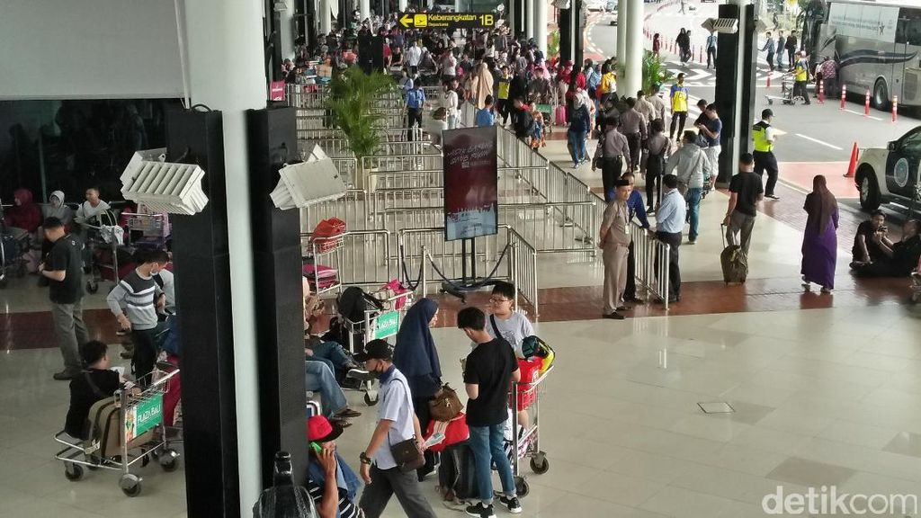 Harga Tiket Pesawat Masih Tinggi, Biro Perjalanan di Riau Mogok