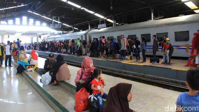 Jumlah Pemudik Kereta Api dari Bandung Meningkat