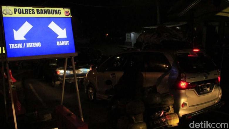 ilusttrasi mudik naik mobil pribadi Foto: Wisma Putra