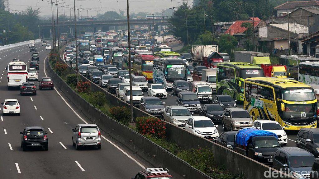 Mobil dari Daerah Masuk Jakarta, Bayar Dulu!