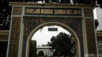 Pengurus Masjid: Ada Bus Banyak Sekali Saat Malam Sebelum Rusuh Mei