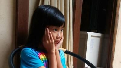 Hiks! Anak Sedih Luar Biasa Saat si Mbak ART Mudik