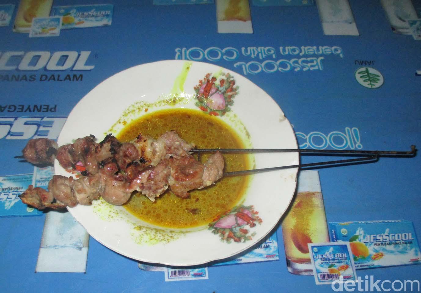 Sate klatak, menu khas kuliner di Pleret Bantul