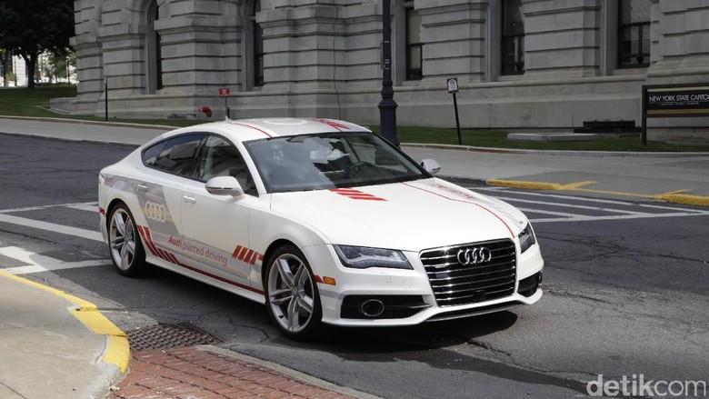Mobil tanpa sopir Audi A7 (Foto: Audi Amerika)