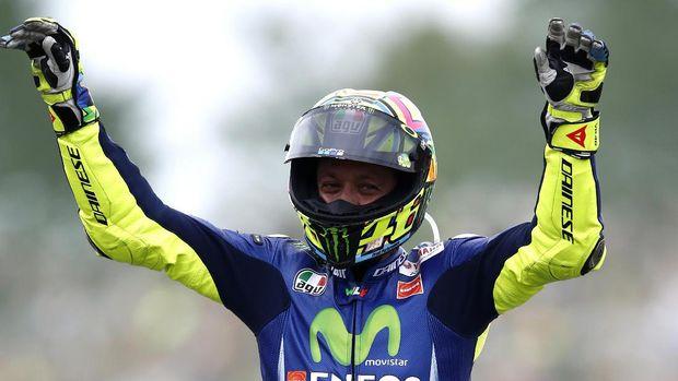 Valentino Rossi sudah melalui 402 balapan di Grand Prix.