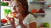 Ini Hukum Orang yang Tak Sengaja Makan dan Minum Saat Puasa