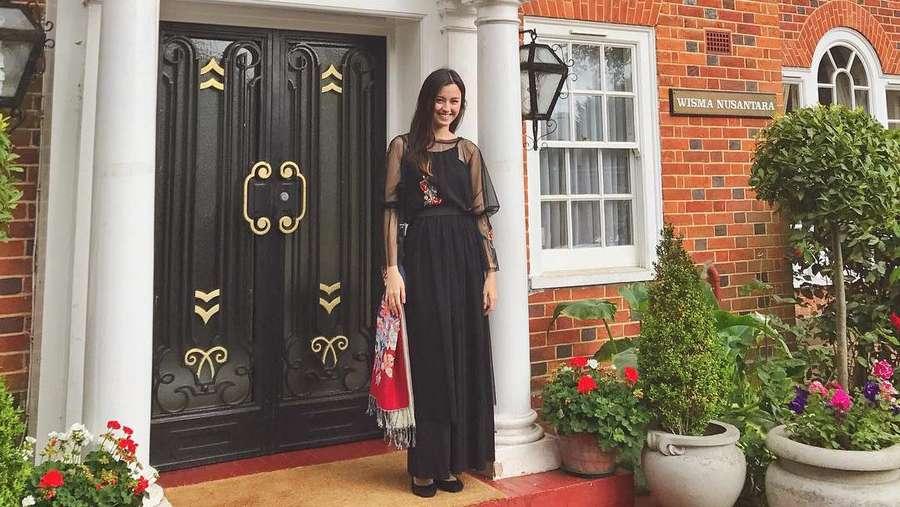 Gaya Kimberly Ryder Rayakan Lebaran di KBRI London