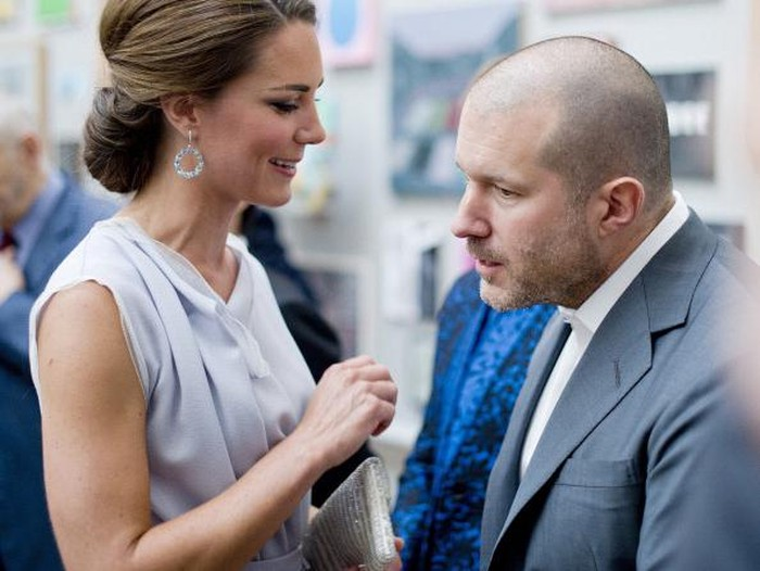 Kate Middleton dan Jony Ive. Foto: Getty Images