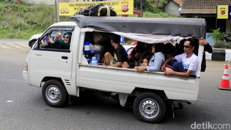 58 Gambar Mobil Bak HD