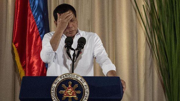 Piih Tidur, Duterte Lewatkan Jamuan Makan di KTT APEC