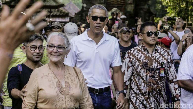 Foto: Obama saat di Pura Kawi, Bali (David Saut/detikTravel)