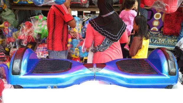Hoverboard di Pasar Gembrong