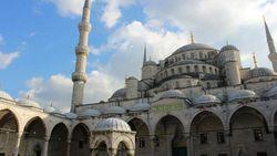 Erdogan Buka Kemungkinan Hagia Sophia Jadi Masjid