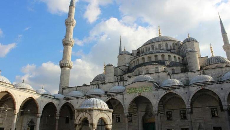Masjid Hagia Sophia di Turki yang kini jadi museum