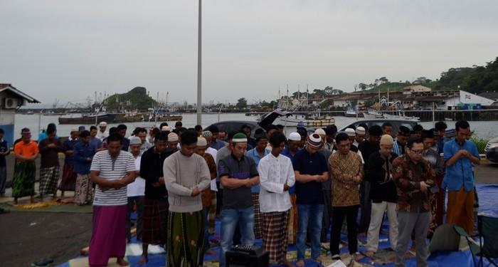 Foto: Suasana Lebaran WNI di Pelabuhan Vacamonte, Panama City (KBRI Panama City)