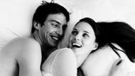 Alasan Wanita Bisa Lebih Cantik & Awet Muda karena Bercinta