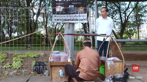 Jokowi dan pedagang kaki lima.