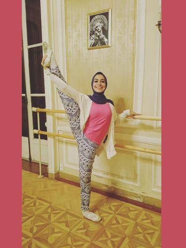 Certa Nada Mashaal, Ballerina Berhijab Asal Arab yang Sering Dikritik