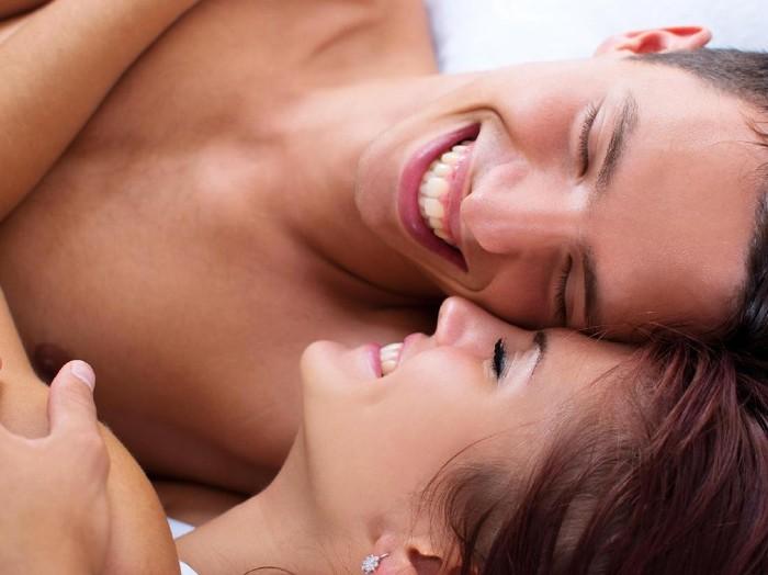 Ada beberapa hal yang dialami tubuh saat sedang bercinta. Foto: Thinkstock