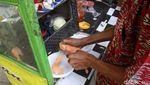 Pedagang Jajanan Rakyat Ramaikan Halal Bihalal Pemkab Bandung