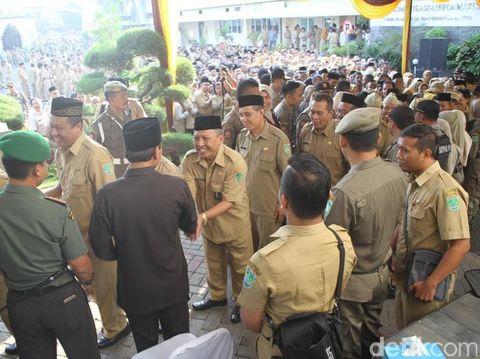 Bupati Irsyad halal bihalal dengan ribuan pegawai