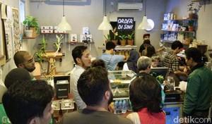 Presiden Jokowi Pernah Ngopi di Dua Kedai Kopi di Jakarta Ini