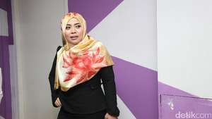 Momen Nassar Menangis Lalu Mesra dengan Raffi