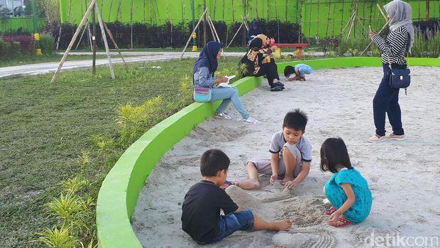 Ada area khusus anak-anak