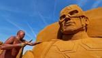 Patung Pasir Raksasa Hiasi Pesisir Pantai Belgia