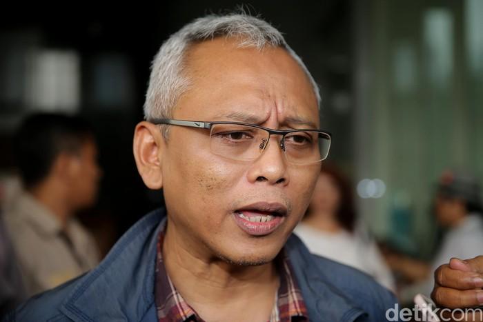 Politikus PDI Perjuangan, Arif Wibowo diperiksa KPK sebagai saksi terkait dugaan korupsi proyek e-KTP dengan tersangka Andi Agustinus alias Andi Narogong.