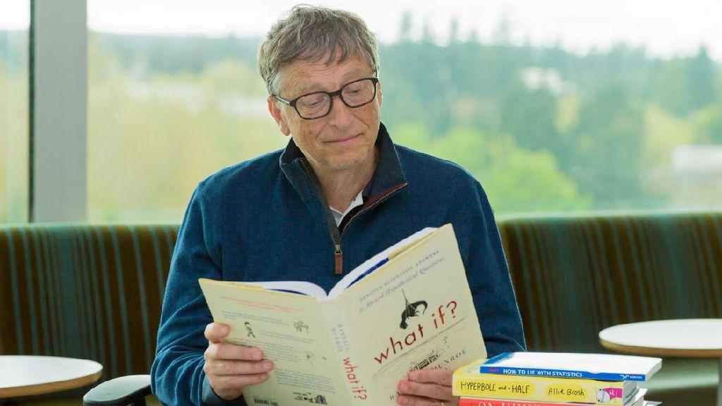 Bill Gates Kemana-mana Bawa Tote Bag, Apa Isinya?
