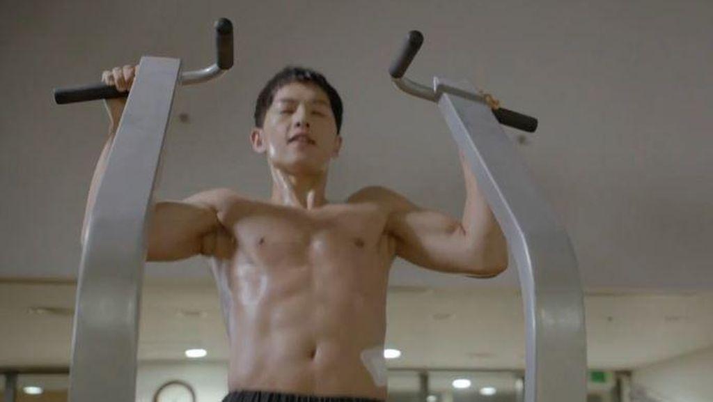 Ganteng dan Suka Olahraga, Song Joong Ki Cocok Jadi Fitness Goal