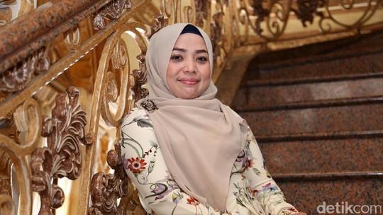 Curhatan Muzdhalifah Soal Pernikahan Singkatnya