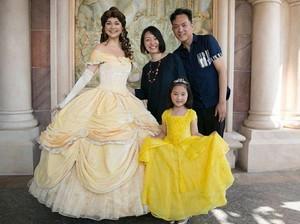 Pria Ini Rela Berhenti Kerja Demi Buatkan Anaknya Baju Princess